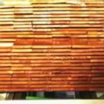 Brandvertragend behandelen van hout in een autoclaaf
