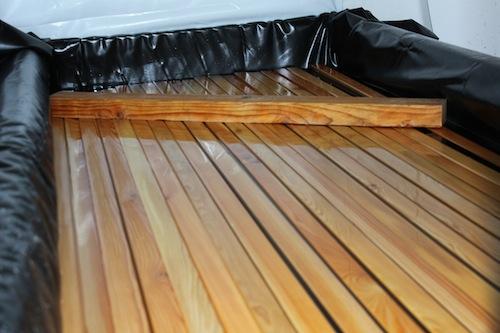 De dompelmethode voor brandwerend maken van hout